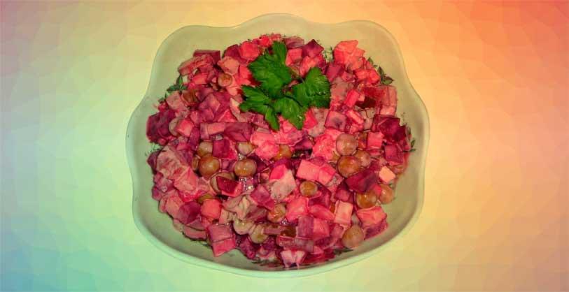 salata-ve-meze-olarak-sağlıklı-kırmızı-pancar-salatası